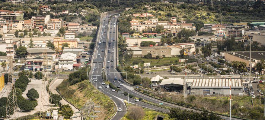 Prcheggi impossibii per gli universitari catanesi