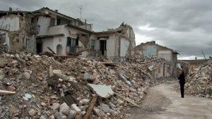 Mazzette sul terremoto a L'Aquila